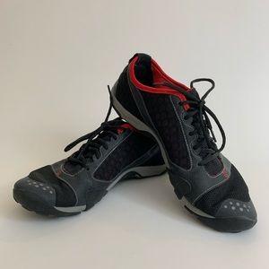 New Balance Minimus Trail shoes